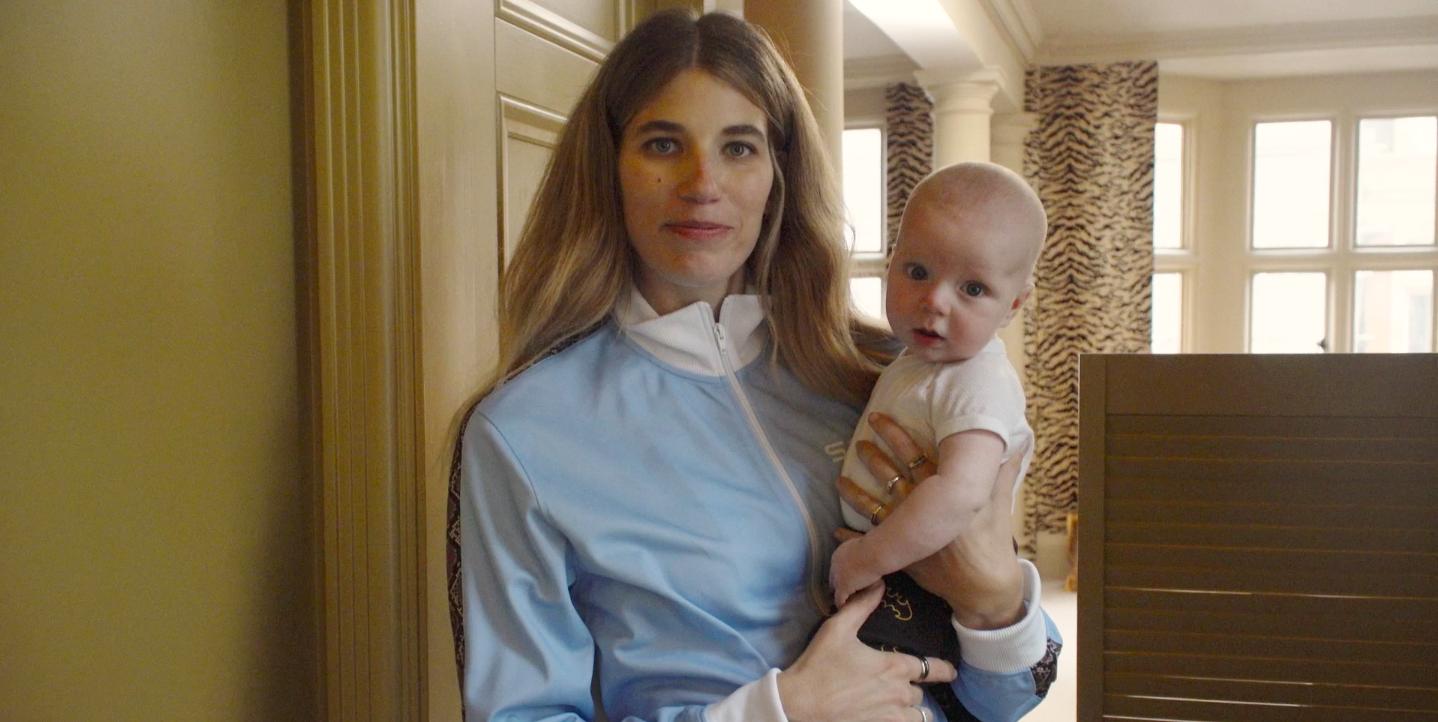 Binnenkijken bij Veronika Heilbrunner, Justin O'Shea en baby Walter thuis in Londen