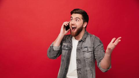 Rustgevend muziekje aan de telefoon helpt