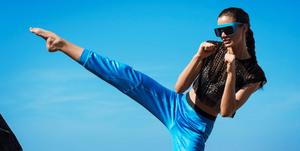 sport-items-shopping-Vogue-Online-shopping-night