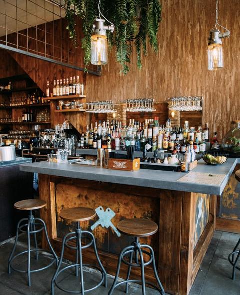 Table, Bar, Furniture, Room, Building, Barware, Interior design, Restaurant, Pub, Tavern,