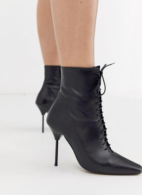 Footwear, High heels, Shoe, Boot, Leather, Leg, Knee-high boot, Human leg, Joint, Fashion,