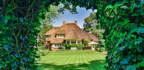 Thatching, Property, House, Cottage, Natural landscape, Home, Building, Estate, Real estate, Farmhouse,