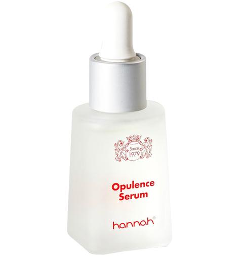 Product, Liquid, Water, Skin care, Wash bottle, Fluid, Lotion, Hand, Cosmetics, Moisture,