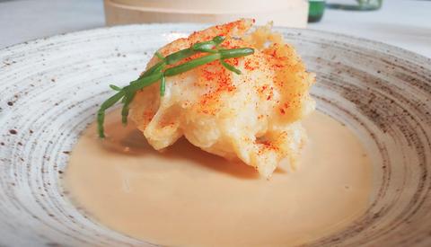 La ricetta del bignè di pesce sciabola è il secondo piatto delicato e scenografico che vi conquisterà le domeniche