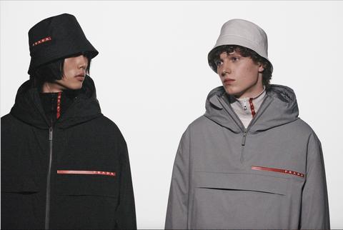 Clothing, Hoodie, Hood, Jacket, Outerwear, Sleeve, Headgear, Neck, Zipper, Coat,