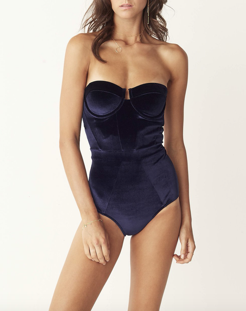 Clothing, Photo shoot, Swimwear, One-piece swimsuit, Waist, Thigh, Monokini, Undergarment, Model, Lingerie,