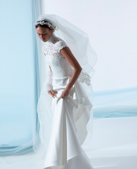 Wedding dress, White, Bridal accessory, Clothing, Bridal veil, Veil, Dress, Bridal clothing, Gown, Bride,