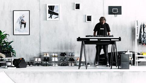 Ikea bureau tafel. ikea hack marmer besta salon tafel. ikea bureau