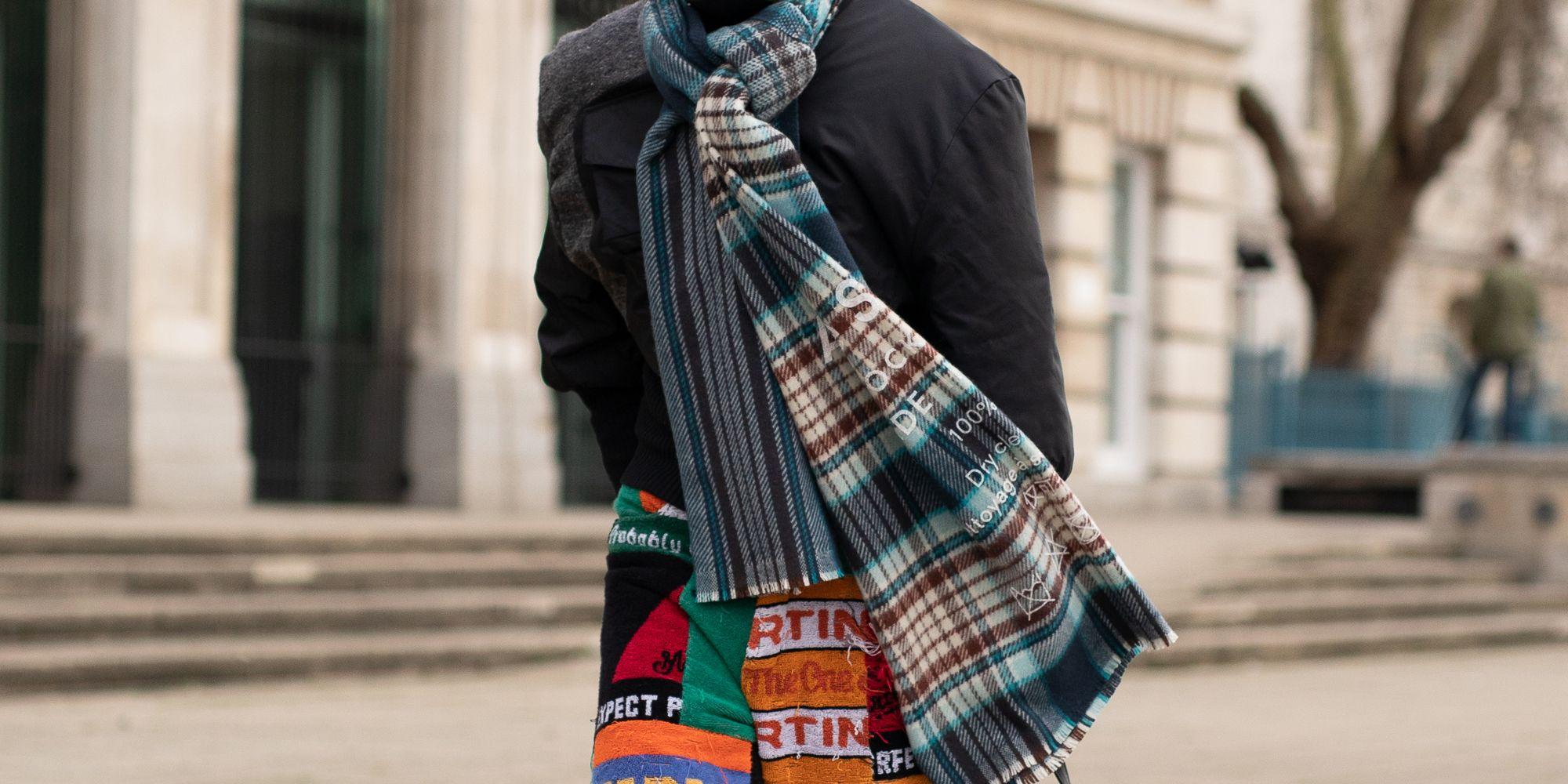 15 sciarpe di lana e cashmere per un regalo di Natale prezioso ma utile