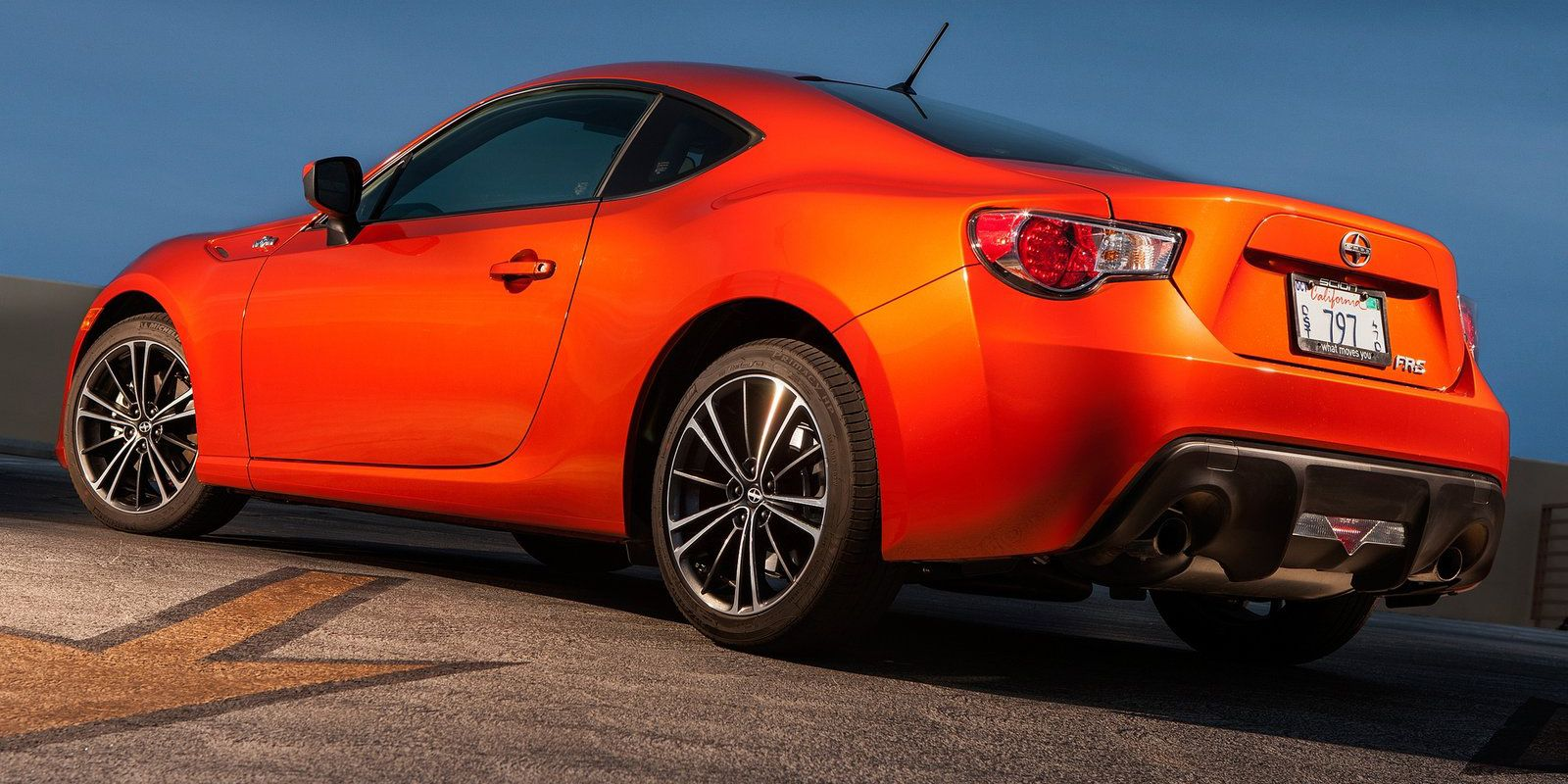 14 Sports Cars Affordable That Are Still Fun To Drive