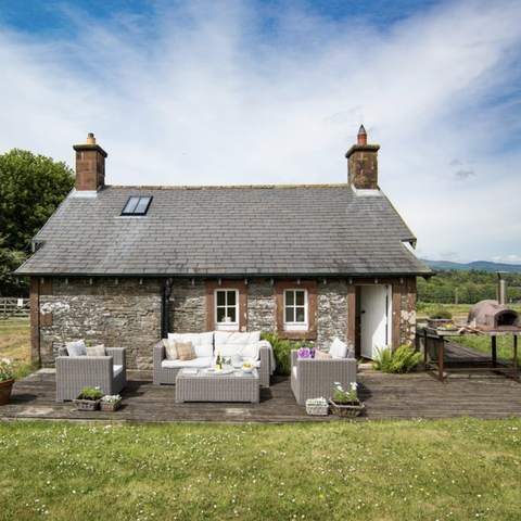 Stay in this eco-lodge with private beach in Scotland
