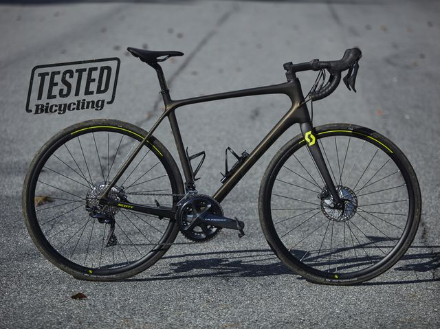 4b370d09e32 The Scott Addict 10 Disc Is Racy on Road and Gravel