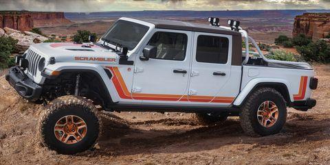 New Jeep Scrambler >> The Jeep Jt Scrambler Concept Is A Retro Gladiator 2019 Moab