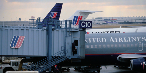 Vehicle, Airline, Airplane, Air travel, Airport, Airliner, Jet bridge, Aircraft, Aviation, Aerospace engineering,