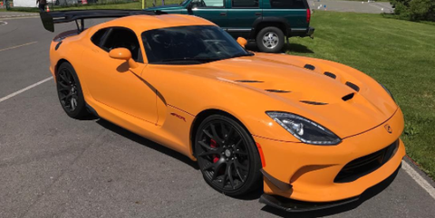 Dodge Viper ACR Yellow-orange