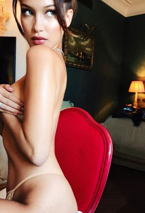 Bella Hadid is killing it in this topless Instagram pic