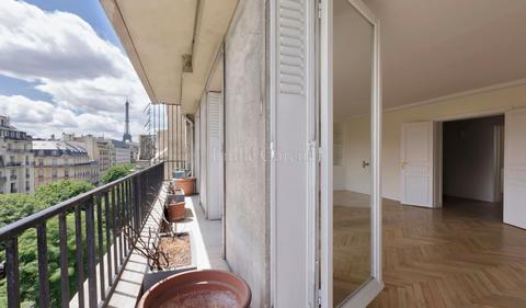 Lee Radziwill Paris Apartment