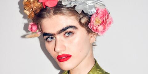 Hair, Headpiece, Beauty, Hairstyle, Pink, Lip, Hair accessory, Fashion, Petal, Headgear,