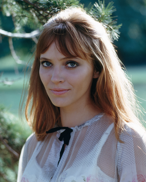 French Girl Approved Ways To Cut Your Bangs
