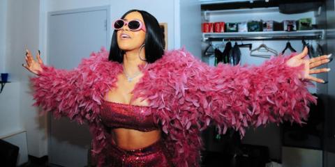 Pink, Eyewear, Feather boa, Magenta, Lip, Sunglasses, Fashion, Long hair, Glasses, Costume,