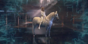 Taylor Swift is naked on a horse in the full '...Ready For It?' music video