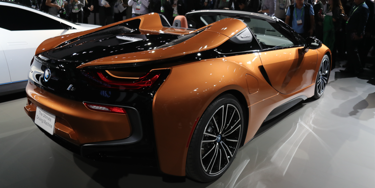 2019 BMW i8 Roadster: This Is It, With Slightly More Horsepower and ...
