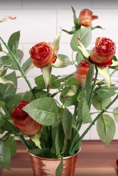 Flower, Flowering plant, Cut flowers, Plant, Vase, Flowerpot, Artificial flower, Garden roses, Plant stem, Botany,