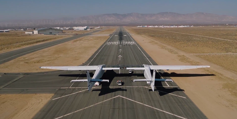 Airplane, Runway, Aircraft, Aviation, Airport, Flight, Vehicle, Air travel, Flap, Airline,