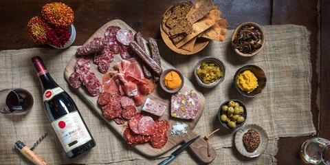 Food, Cuisine, Salumi, Charcuterie, Dish, Meat, Salt-cured meat, Ventricina, Salami, Rib eye steak,