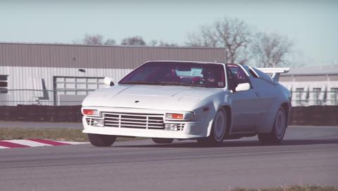 Lamborghini Jalpa on track