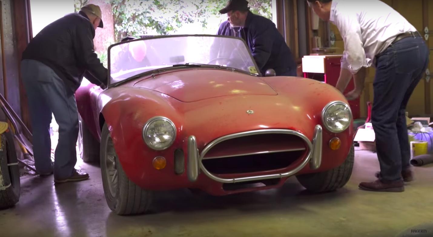 Classic Cars - Vintage Car Photos and News