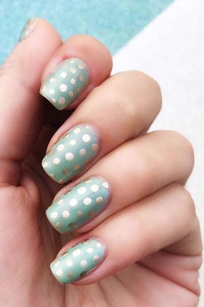 Metallic Dots nail art