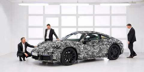 Land vehicle, Vehicle, Car, Automotive design, Personal luxury car, Supercar, Sports car, Luxury vehicle, Model car, Auto show,