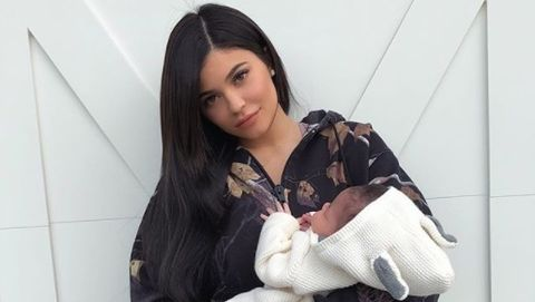 05405bfd6a23fb Kylie Jenner shares the first full photos of baby Stormi on Instagram