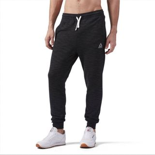 b24bb75cfc Best Pants For Guys Who Skipped Leg Day
