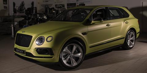 Land vehicle, Vehicle, Car, Motor vehicle, Luxury vehicle, Automotive design, Bentley, Sport utility vehicle, Wheel, Mid-size car,
