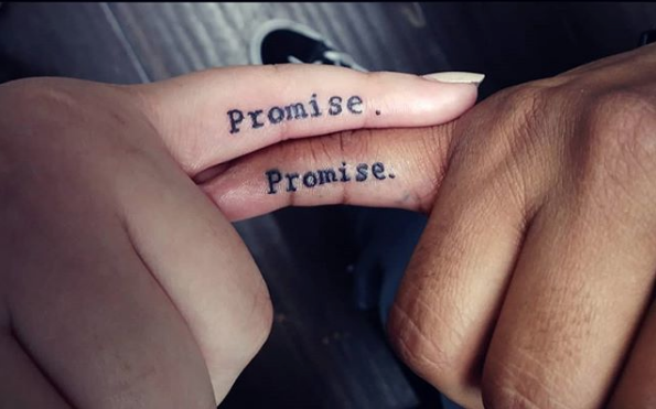 ea90fbc6571ed 69 Couples' Tattoos That Are #RelationshipGoals
