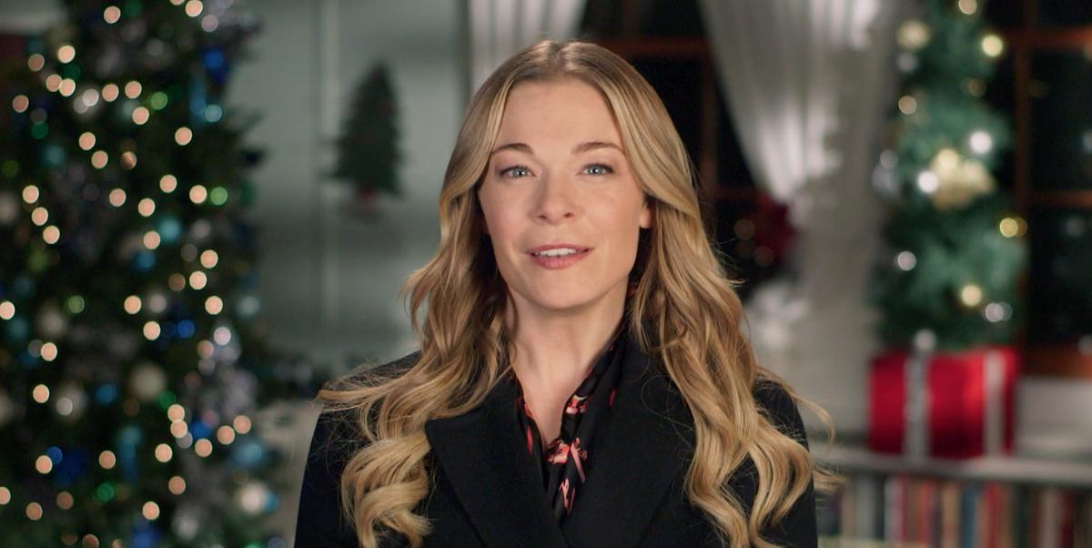 Leann Rimes Will Star In 2018 Hallmark Christmas Movie