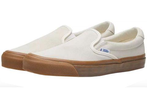 Footwear, White, Shoe, Beige, Brown, Tan, Plimsoll shoe, Walking shoe, Outdoor shoe, Sneakers,