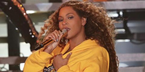 960e9c0fdc81 How to Get Beyoncé s Coachella 2018 Makeup Look - Sir John Beyoncé s ...