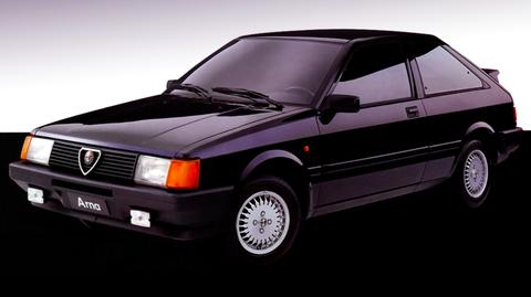 Land vehicle, Vehicle, Car, Automotive design, Hatchback, Classic car, Coupé, Compact car, Automotive exterior, Sedan,