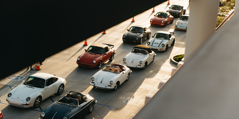 Land vehicle, Vehicle, Motor vehicle, Car, Mode of transport, Automotive design, Traffic, Car dealership, Classic car, Model car,