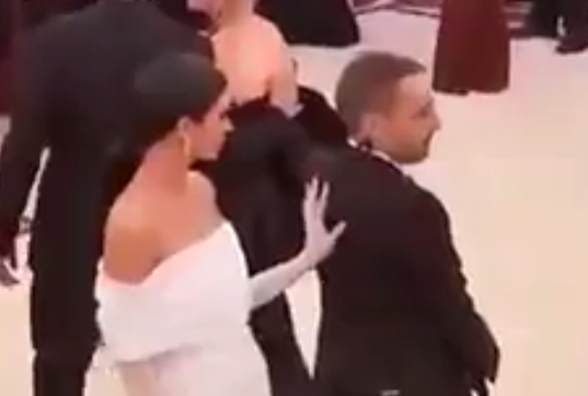Kendall Jenner pushes assistant on Met Gala 2018 red carpet