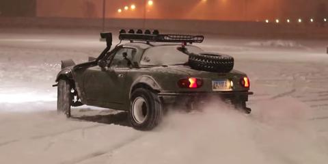 Land vehicle, Vehicle, Car, Snow, Coupé, Sports car, Automotive exterior, Winter storm, Winter, Motorsport,