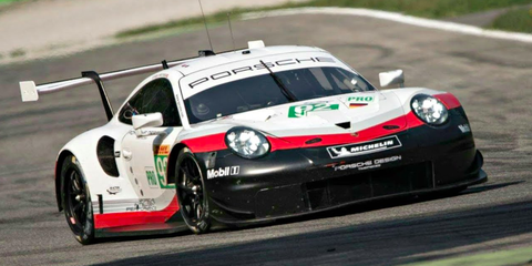 Land vehicle, Vehicle, Car, Sports car racing, Motorsport, Touring car racing, Sports car, Performance car, Racing, Supercar,