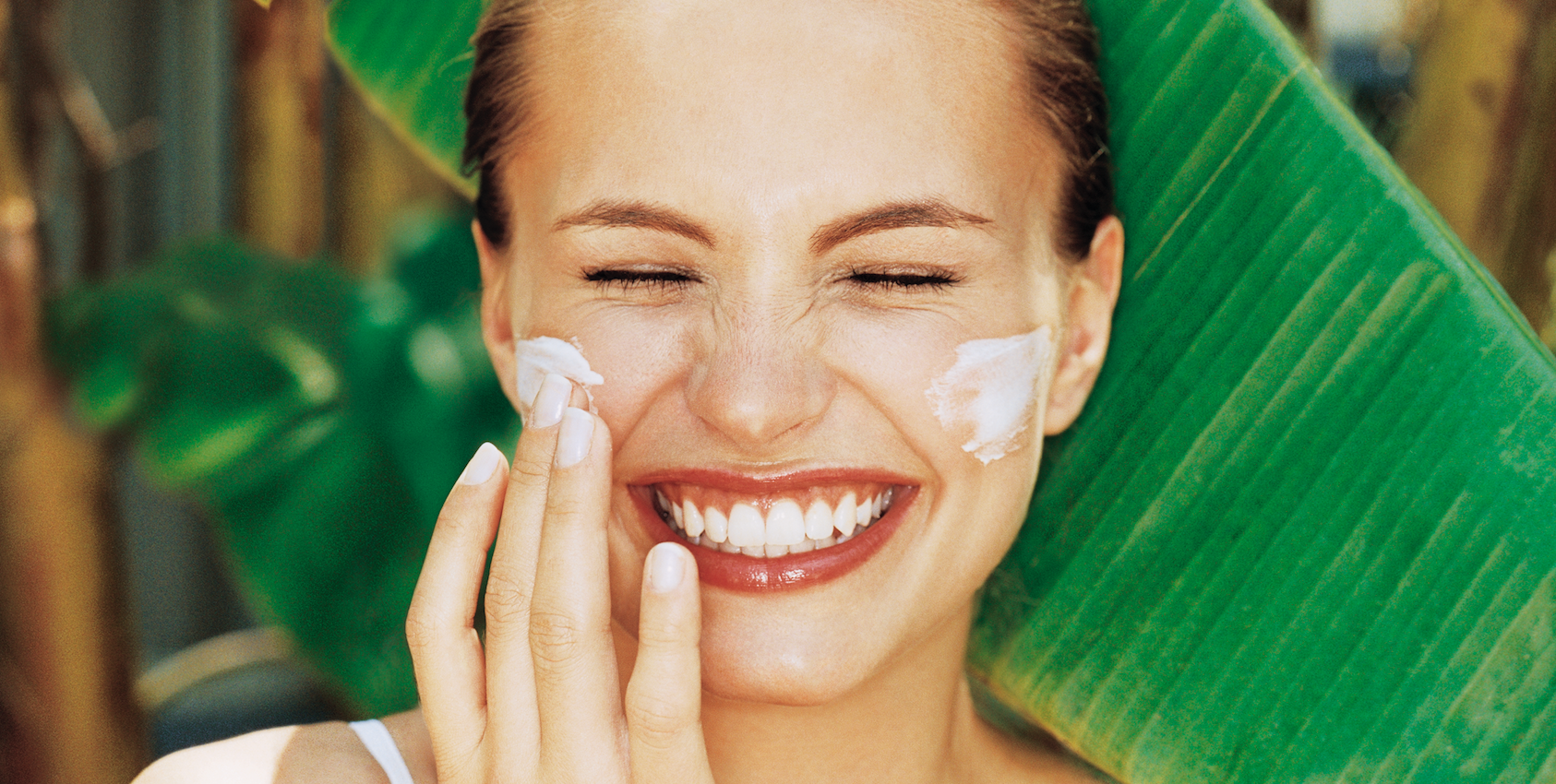 10 Derm-Approved Natural Ways to Protect Your Skin From the Sun