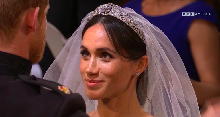 Meghan Markle Stray Wedding Hair Internet Reacts To