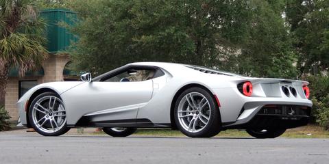 Land vehicle, Vehicle, Car, Automotive design, Supercar, Sports car, Wheel, Rim, Performance car, Ford gt,