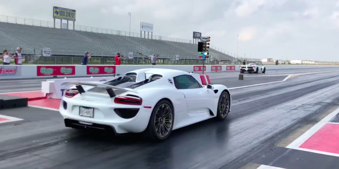 Porsche 918 Spyder Runs a 9.7 Quarter-Mile