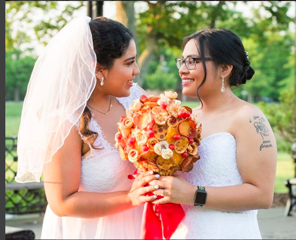 Villa Italian Kitchen Is Selling Pizza Wedding Bouquets And Pizza